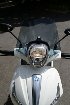 Check out the Piaggio BV350 scooter test and video here http://motorbikewriter.com/piaggio-bv350-scooter-review-video/