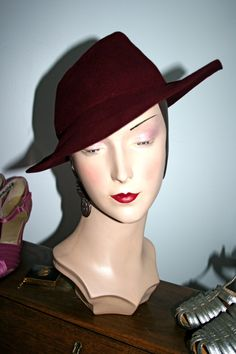 women's hat in the 1930s - Google Search
