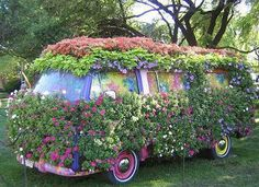 beautiful - everyone needs a van covered with flowers! gorgeous!