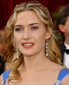 """Kate Winslet. ENFJ. Sun: 11°23' Libra AS: 11°21' Libra, Moon: 13°05' Libra Winslet: """"My feeling about why I like making films is you can come away from a film feeling so changed and touched. I really love that, the thought that I could be giving people a lot."""" """"I always try and give as much as I can, rather than get as much as I can."""" """"I love that people feel they can approach me."""" Anne Hathaway: """"I love Kate Winslet so much. Watching her I realize how great she is and how far I have to go."""""""