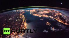 Ночные виды Средиземного моря из космоса