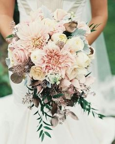 Love this bouquet - in more yellow tones