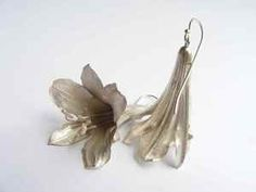 Agapanthus earrings silver with movement