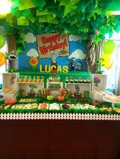 Discover recipes, home ideas, style inspiration and other ideas to try. Zombie Birthday Parties, Birthday Party Games, Birthday Party Invitations, 7th Birthday, Zombie Party Decorations, Balloon Decorations Party, P Vs Z, Pokemon Birthday, Party Ideas