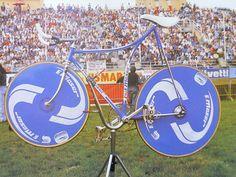 Moser urrrecord-fiets 1986 op Italiaanse Racefietsen