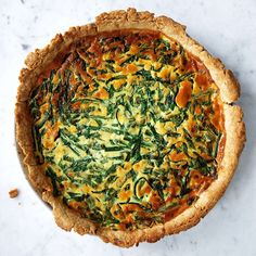 CSAs, Greenmarkets & Farm Stands on @the_feedfeed https://thefeedfeed.com/farm-fresh/eatinmykitchen/green-bean-and-ramp-quiche
