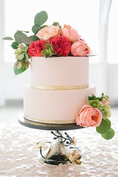 Pink + gold cake | Read More: http://www.stylemepretty.com/2014/06/10/gold-pink-wedding-inspiration/ | Photography: Kerinsa Marie  - www.kerinsamarie.com