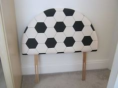 football - headboard bed / tête de lit
