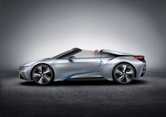 concept car from its i8 series of electric-gas hybrids: the i8 Spyder BMW