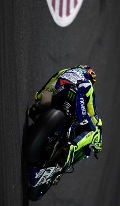 What an AMAZING opening to the MotoGP season from Valentino Rossi!!!!!!!