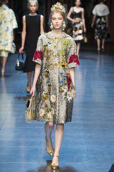 Dolce & Gabbana коллекция | Коллекции весна-лето 2016 | Милан | VOGUE