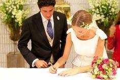 Novia Roberto Diz Wedding Dresses, Fashion, Brides, Wedding, Bride Dresses, Moda, Bridal Wedding Dresses, Fashion Styles, Weeding Dresses