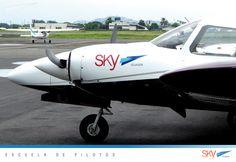 Listos para volar?  buen fin de semana para todos !   Quieres ser #piloto?   info@skyecuador.com 04-6008250 www.skyecuador.com o ( 0969063172 solo WhatsApp ) #Guayaquil #Quito
