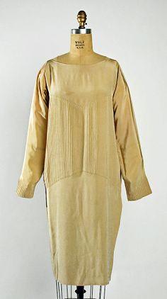Madeleine Vionnet  (French, Chilleurs-aux-Bois 1876–1975 Paris)    Date:      ca. 1927  Culture:      French  Medium:      silk