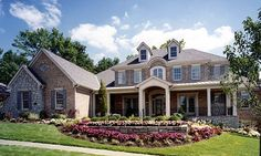 Stately Southern Colonial House Plan | Family Home Plans Blog. Imagine coming home to this stately Southern Colonial, or re-living times of the past with a glass of sweet tea on the front porch. Read more here: http://blog.familyhomeplans.com/2015/07/stately-southern-colonial-house-plan/