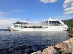 OCEAN PRINCESS, type:Passenger (Cruise) Ship, built:1999, GT:30277, http://www.vesselfinder.com/vessels/OCEAN-PRINCESS-IMO-9187899-MMSI-310505000