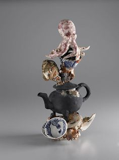 Michelle Erickson produces highly-acclaimed recreations of 17th- and 18th-century pots for display and use at American and Canadian museums and other organisations as well as for use on filmsets. She bases her work on her study of ceramics found in excavations and in public and private collections. She also uses her knowledge of historic ceramics to make contemporary studio ceramic sculpture, examples of which are in museums and institutions in America and the UK and have featured in…