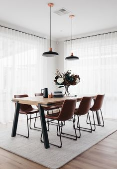 The dining room was one of my favourite spaces that came together last week 🍽 It has such a calmness about it and the most divine morning… Dining Room Inspiration, Home Decor Inspiration, Modern Dinning Room Ideas, Modern Dining Table, Dining Room Design, Dining Room Table, Carpet Dining Room, Dining Room Curtains, Kitchen Dining