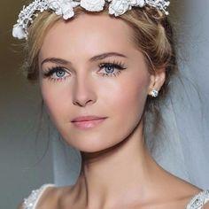 Si j'étais un maquillage de mariée je serais ...