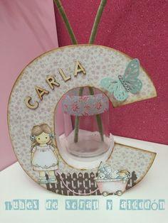 Inicial para Carla