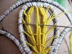 MACRAME' RUMENO - POINT LACE: RICAMO ad AGO MACRAME 'ROMANIAN - POINT LACE: needlepoint