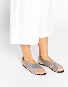 New Look Thick Strap Flat Sandal