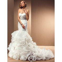 Trumpet/Mermaid Sweetheart Chapel Train Wedding Dress With Removable Straps – USD $ 899.99 lightinthebox.com
