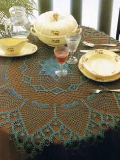 View album on Yandex. Irish Crochet, Free Crochet, Knit Crochet, Crochet Tablecloth, Crochet Doilies, Mantel Redondo A Crochet, Baby Knitting Patterns, Crochet Patterns, Large Tablecloths