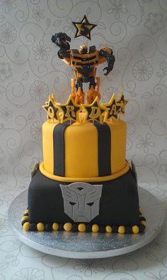 #penguinkids #tangleofknots Transformers BumbleBee Cake