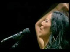 Lila hace esta nueva versión de una canción interpretada como nadie por Lola Beltrán, la cual es una de las canciones favoritas de mi mamá. Muy buena también la versión de Lila.  Letra de Tomás Méndez Música de Tomás Méndez  Sentida canción mexicana que no es fácil de interpretar. Se debe tener una voz que llegue bastante alto y con expres...