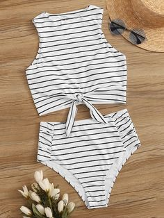 Shop Striped Knot Hem With Ruched Bikini Set at ROMWE, discover more fashion styles online. Little Girl Swimsuits, Swimsuits For Teens, 2 Piece Swimsuits, Women Swimsuits, Bikini Girls, Bathing Suits For Teens, Summer Bathing Suits, Cute Bathing Suits