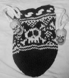 Don't Eat the Paste: Skull Knitting Pattern