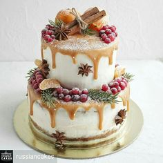 christmas cake Weihnachtskuchen, der Id - Christmas Cake Decorations, Christmas Desserts, Christmas Treats, Christmas Themed Cake, Christmas Cake Designs, Fondant Decorations, Christmas Wedding, Pretty Cakes, Beautiful Cakes