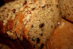 A tender quick bread made with sweet potatoes, raisins, orange juice, cinnamon and pecans, with an oatmeal crumble topping. Serve with my whipped honey butter with cinnamon!