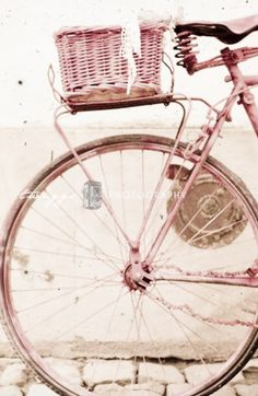 Bike in pink. For more follow www.pinterest.com/ninayay and stay positively #pinspired #pinspire @ninayay