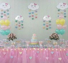 Temática de lluvia de amor para Baby Shower Rainbow Birthday, Unicorn Birthday, Baby Birthday, 1st Birthday Parties, Birthday Party Decorations, Rain Baby Showers, Cloud Party, Baby Deco, Do It Yourself Baby