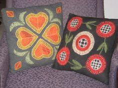 *VEKKI*: Villakirjontaa Wool Embroidery, Naive Art, Winter Time, Finland, Pretty Flowers, Handicraft, Folk Art, Applique, Textiles