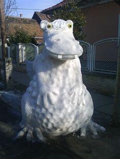 Süsü a sárkány  Vecsés - Hungary 2011 Snow Sculptures, Snow Art, Hungary, Fondant, Street Art, Ice, Outdoor Decor, Fondant Icing, Ice Cream