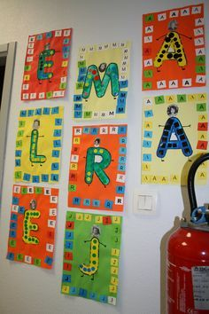 Most up-to-date Absolutely Free preschool classroom charts Suggestions : Are you a brand-new teacher who's going to be wondering the best way to build the preschool class room? Preschool Names, Preschool Pictures, Name Activities, Free Preschool, Alphabet Activities, Preschool Classroom, Preschool Activities, Preschool Letters, Sons Initiaux