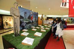 Çanakkale'yi görmedim, gidemedim veya doyamadım diyen ziyaretçilerimizi 12 Nisan tarihine kadar Beylikdüzü Migros AVM 'Çanakkale 1915 Savaş Müzesi Sergisi'ne davet ediyoruz.