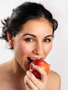Fill up on fiber! 15 of our favorite fiber-packed foods. #nutrition #diet