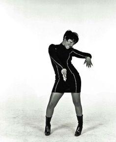 Lil' Kim when she was adorable Black Girls Rock, Black Girl Magic, Lil Kim 90s, Kimberly Jones, Vintage Black Glamour, Old School Music, Hip Hop And R&b, My Black Is Beautiful, Simply Beautiful