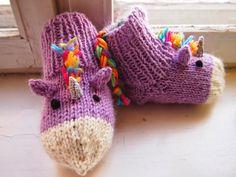 Tanssivat kädet - Dancing hands: Yksisarvissukat - Unicorn socks