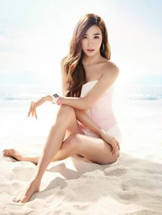 Image uploaded by Jessica. Find images and videos about kpop, snsd and girls generation on We Heart It - the app to get lost in what you love. Girls Generation, Girls' Generation Tiffany, Tiffany Snsd, Tiffany Girls, Tiffany Hwang, South Korean Girls, Korean Girl Groups, Baby G, Girl Day