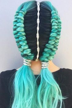Dutch Infinity Braid #braids #bluehair #infinitybraid ❤️ Check out our collection of easy-to-do hairstyles with braids and try to style your hair in a similar way. ❤️ See more: http://lovehairstyles.com/braided-hairstyles-for-spring/ #lovehairstyles #hair #hairstyles #haircuts