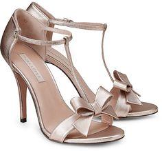 Pura Lopez Glamour-Sandalette 230€ cream rose