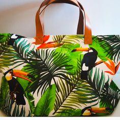Tukan exotic large tote bag