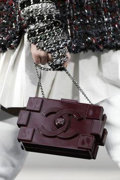 Chanel lego shoulder bag in burgundy red
