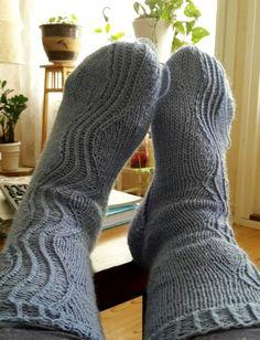 Kalajoki - sukat jollekin pienempi jalkaiselle./Kalajoki-river socks for someone who has smaller feet than me.  May 2015