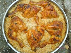 Meat Chickens, Empanadas, Paella, Meat Recipes, Smirnoff, Curry, Food And Drink, Dishes, Cooking